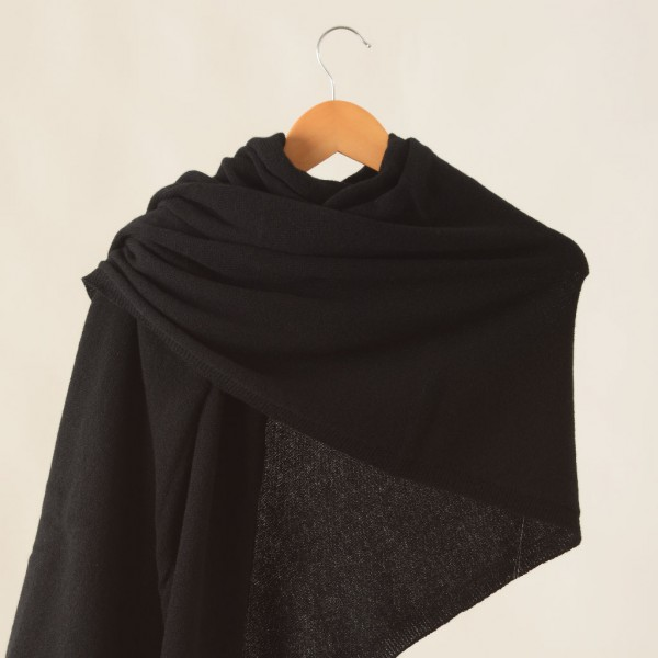 Cashmere-shawl-black-Travelwrap