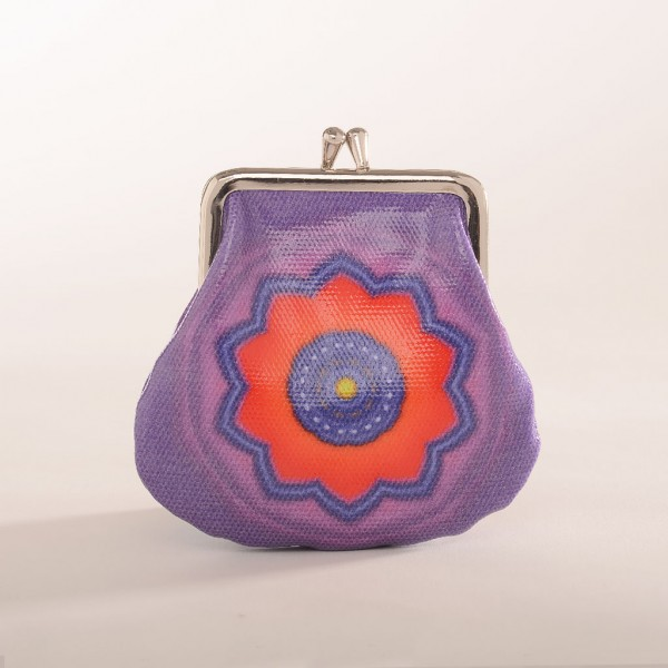 Clip-purse-red-purple-flower-Chimeera