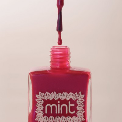 Mint-polish-Dirty-Shirley