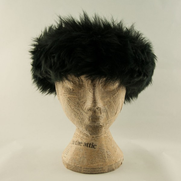 Sheepskin-headband-Black-Blanche-in-the-brambles