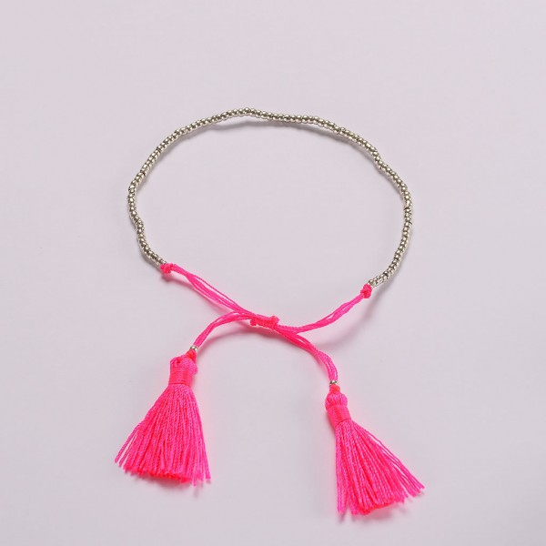 Beaded-braid-bracelet-Neon-pink-Amadoria