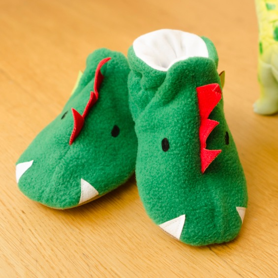 Funkasaurus-Fleece-Shoes-07-Print