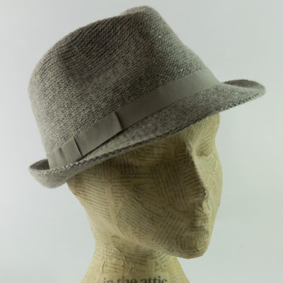 Sequin trilby in silver